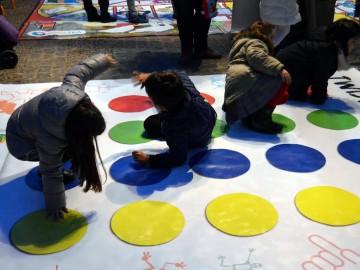 SuresTEA organiza un Torneo de Juegos Gigantes